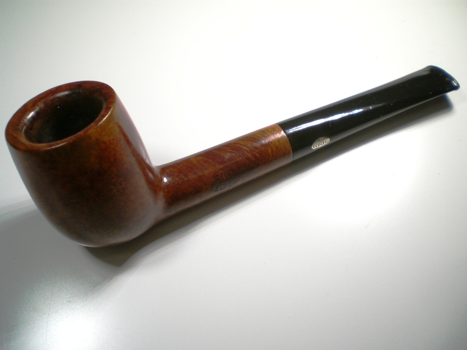 GBD New Era Billiard (Shape 122) Gbd_new_era_122_finish-1