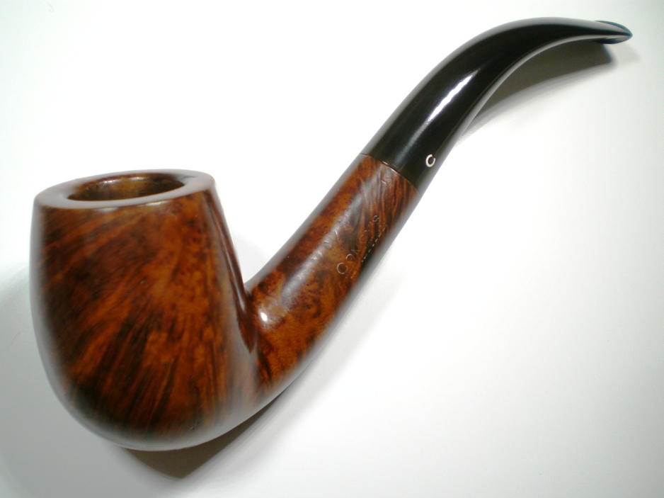 Comoy's Tradition Shape 43 Comoys_43_tradition_finish-1