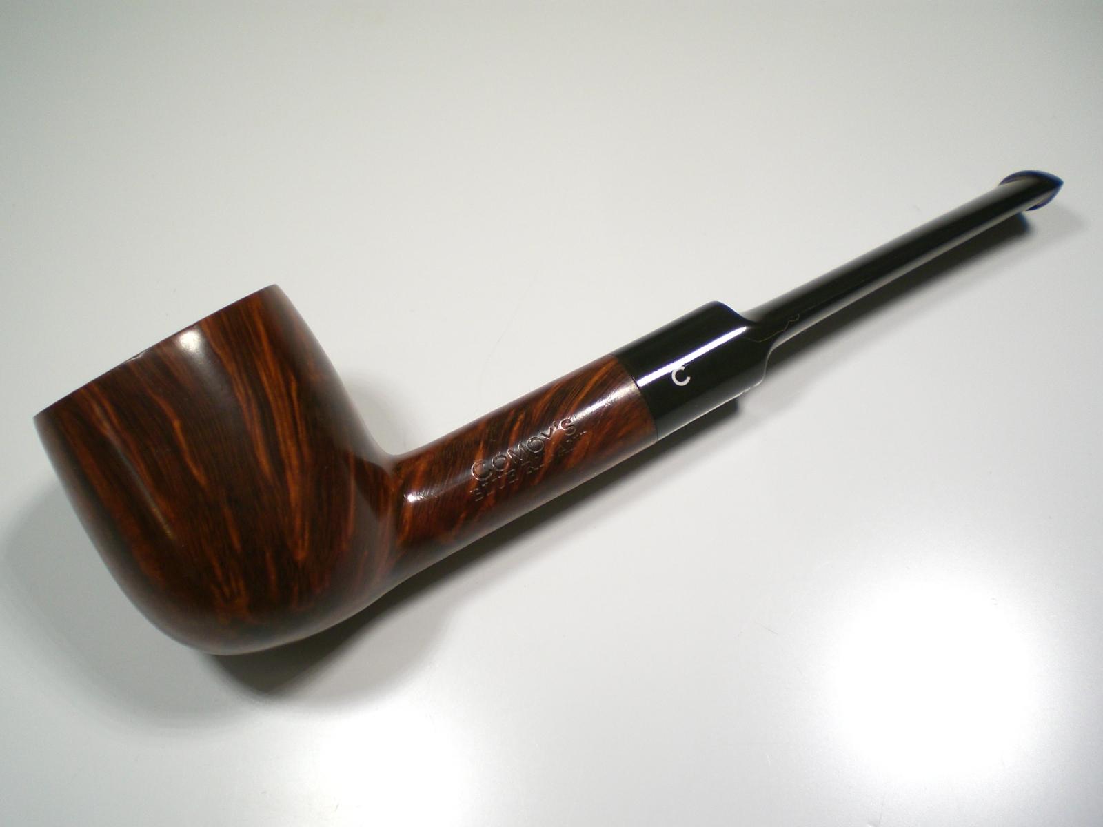 Femme public pipe